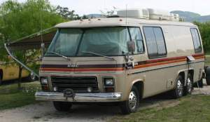 Ken and Ruby Thoma's GMC Motorhome
